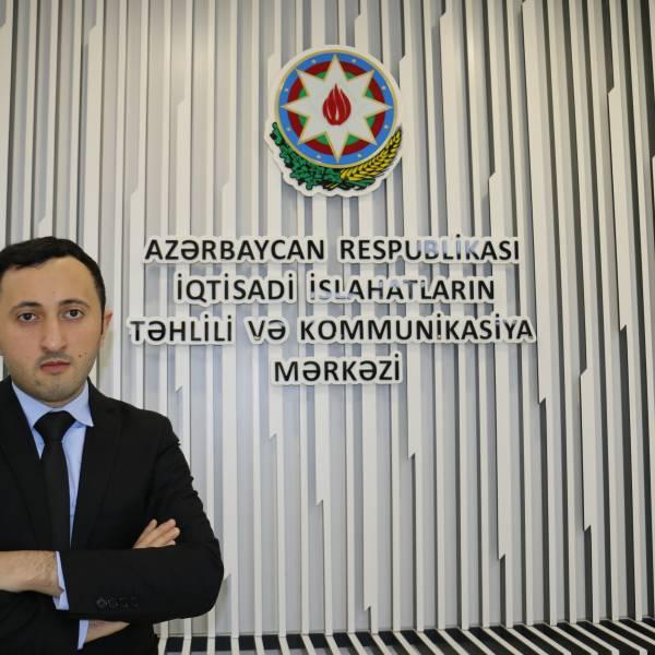 Coşqun Cəfərov - Analitik