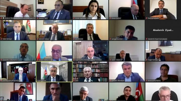 """Prof.Vüsal Qasımlının """"İqtisadi artım"""" dərsliyi ADA Universitetində təqdim olunub"""